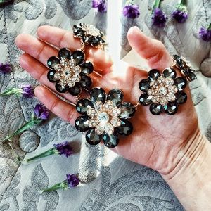 Accessories - Flower necklace